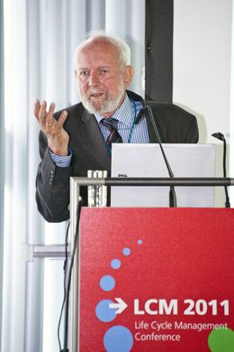 "Prof. Dr. Ernst Ulrich von Weizsäcker, Ko-Vorsitzender des ""International Panel on Sustainable Resource Management"""